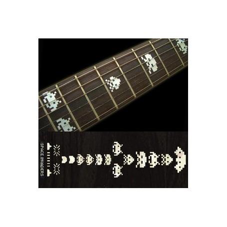 Sticker guitare touche invasion de l'espace blanc abalone