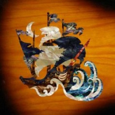 Grand sticker guitare bateau pirate