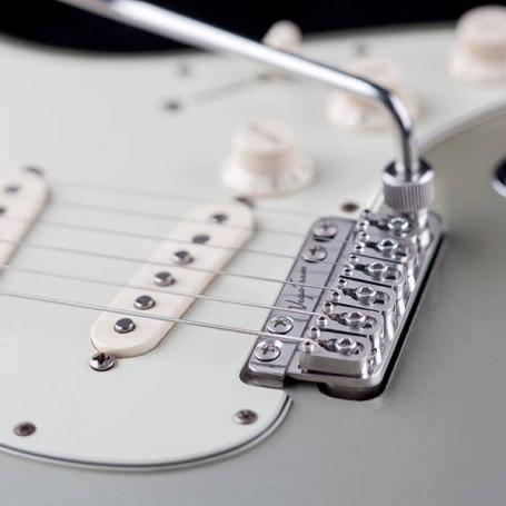 Vibrato Stratocaster Vega Trem VT1 Vintage 6 vis